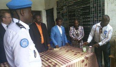 La MONUSCO donne des médicaments à la prison de Kananga
