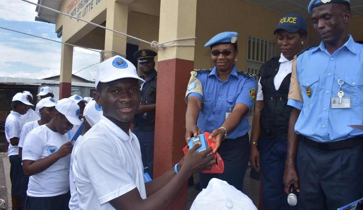 UNPOL célèbre avec les élèves de Kinshasa la journée internationale des droits de l'enfants