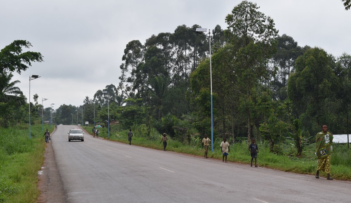 La MONUSCO installe l'éclairage public solaire aux quartiers Nzuma et Ngite, à Béni