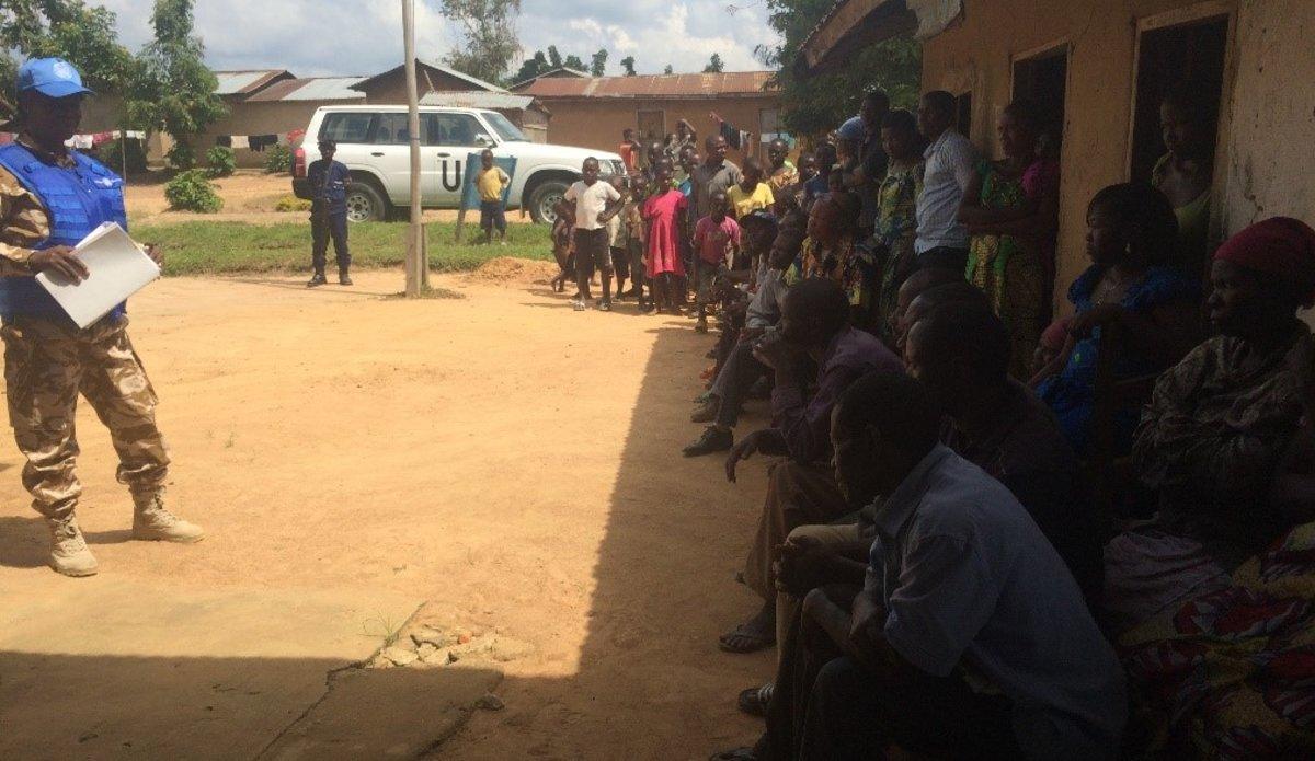 A Oicha, la Police de MONUSCO fait connaitre les numéros verts pour alerter la Police Nationale Congolaise
