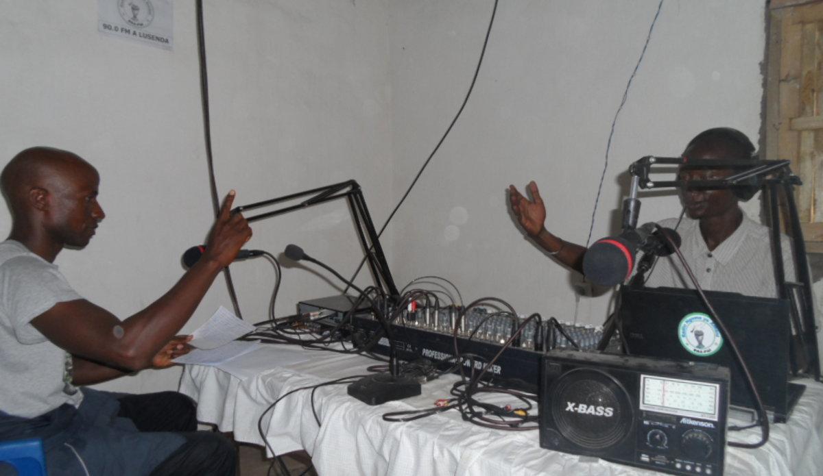 RNA-FIZI, une radio au service de la Paix et des réfugiés burundais du Camp de Lusenda au Sud-Kivu !
