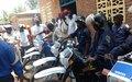 Pour lutter contre l'insécurité à Uvira, la Monusco dote la Police Nationale Congolaise de motos.