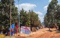 Lutte contre l'insécurité à Walungu : la MONUSCO installe des lampadaires autonomes à énergie solaire