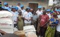 Le comité des femmes de la police MONUSCO rend visite aux déplacés du camp Mugunga III