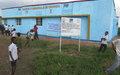 Kasaï : grâce à la MONUSCO, des ex-miliciens réhabilitent le bâtiment de la commune de la Nganza