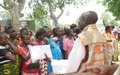 Le FNUAP distribue des kits d'accouchement à 180 femmes déplacées de Kalemie