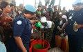 UNPOL initie 320 femmes de Goma à la fabrication de savon liquide