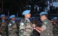 Remise de la médaille des Nations Unies aux éléments du contingent indien